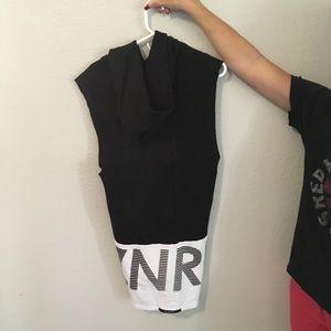 Zanerobe tunic sleeveless sweater